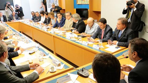 PSDB declara apoio às manifestações do dia 15, mas é contra impeachment