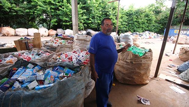 Cerca de 300 famílias dependem das cooperativas de reciclagem em Goiânia / Fernando Leite/Jornal Opção