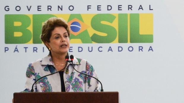 """Dilma diz que internet no Brasil tem sido """"palco de ofensas, preconceito e intolerância"""""""