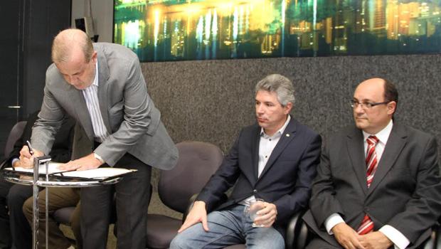 Prefeitura lança pacote anticorrupção com foco na fiscalização de empresas