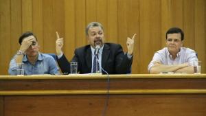 Zander, Elias Vaz e Paulo Borges, durante audiência pública no auditório Jaime Câmara | Foto: Marcelo do Vale/ Câmara Municipal