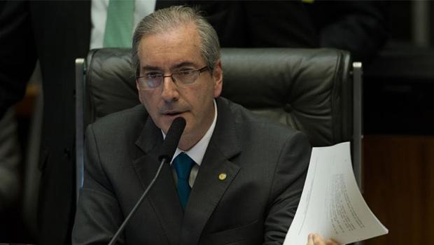 Presidente da Câmara dos Deputados, Eduardo Cunha (PMDB), foi acusado por delator do esquema da Petrobras de ter exigido propina de R$ 10 milhões, além de R$ 5 mi pedidos pessoalmente | Foto: Fabio Rodrigues Pozzebom/Agência Brasil