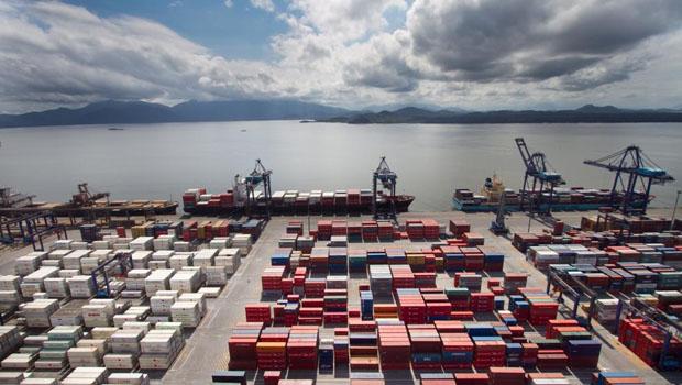 Goiás fecha março com superávit de US$558,3 mi na balança comercial