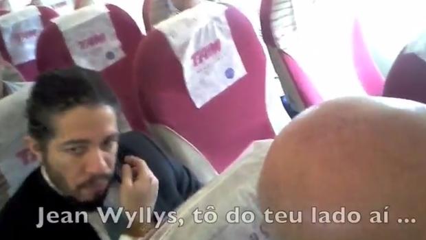 Jean Wyllys teria se recusado a ficar ao lado de Bolsonaro | Foto: reprodução / vídeo