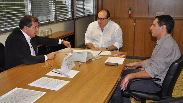 Prefeito esteve no Ministério das Cidades em busca de viabilizar plano de mobilidade