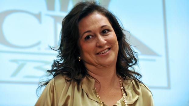 IstoÉ diz que Kátia Abreu nomeou cabeleireiro e dentista no Ministério da Agricultura
