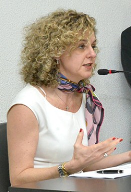 """""""Com nosso ajuste fiscal, Goiás sairá antes e melhor da crise""""   Foto: Marcos Kennedy/Alego"""