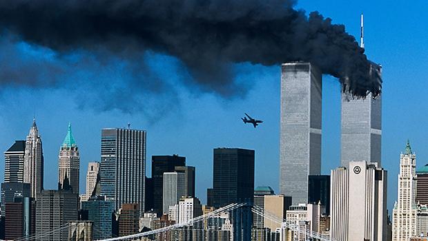 No maior ataque terrorista da história, aviões foram lançados contra o World Trade Center, em Nova York | Foto: Reprodução de TV
