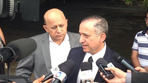 Os vereados Anselmo Pereira e Djalma Araújo visitaram o Pronto-Socorro Psiquiátrico para constatar situação da unidade