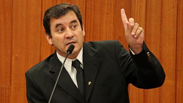 """Clécio Alves: """"Tenho o respeito e a confiança de Iris para ser presidente da Câmara"""""""