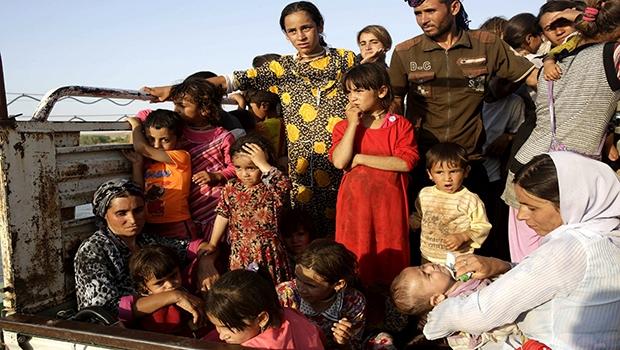 Povo Yazidi tem deixado seus vilarejos com o objetivo de fugir das atrocidades cometidas pelo Estado Islâmico | Foto: Reprodução