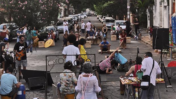 """Na inventividade do """"Por Acaso"""" da Rua Sem Saída"""