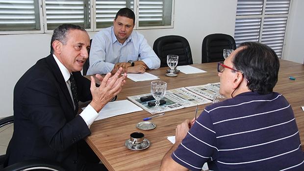 """Presidente da Câmara de Goiânia, Anselmo Pereira: """"Marconi vai entregar as obras, não adianta a oposição achar que não""""   Foto: Fernando Leite/Jornal Opção"""