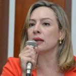 Deputada Adriana Accorsi questionou a indefinição quanto ao pagamento da data-base | Foto: Y. Maeda