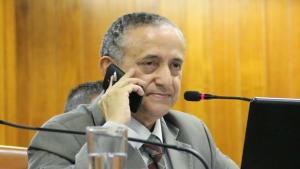 Anselmo se encontrou com relatora do projeto e representantes da prefeitura após sessão desta terça-feira | Foto: Alberto Maia/Câmara de Goiânia