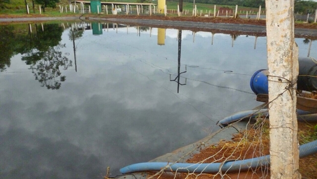 Lagoa de tratamento de chorume funciona sem autorização da Comurg