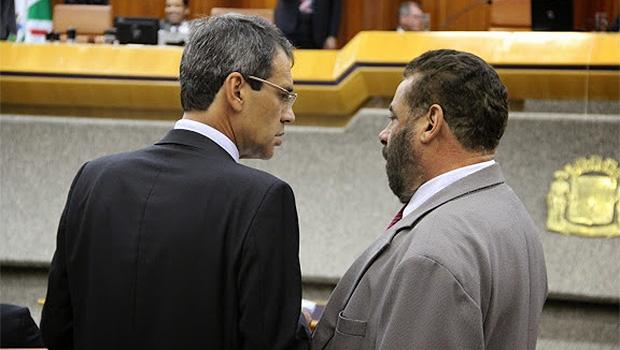 Carlos Soares e Paulo Magalhães: base derrubou pedido de vistas | Foto: Alberto Maia/Câmara de Goiânia