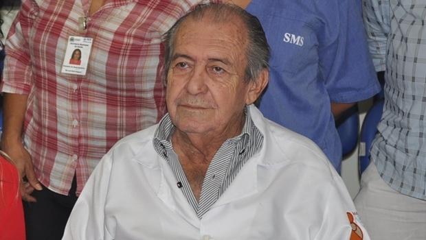 Dr. Sebastião Moreira acredita que médicos não aceitam proposta do Ministério da Saúde por corporativismo | Foto: Secretaria Municipal de Saúde