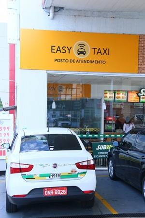 Central de atendimento do Easy Taxi fica na Avenida 85, em Goiânia   Foto: Fernando Leite/Jornal Opção
