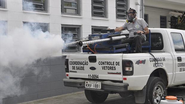 Sem inseticida, combate à dengue em Goiânia funciona 80% abaixo do recomendado