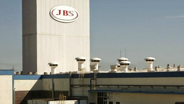 Vereadores de Goiânia apuram mau cheiro causado por frigorífico da JBS no dia 22