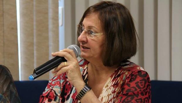 """Secretária afirma que ideologia de gênero no Plano de Educação """"não é tão essencial"""""""