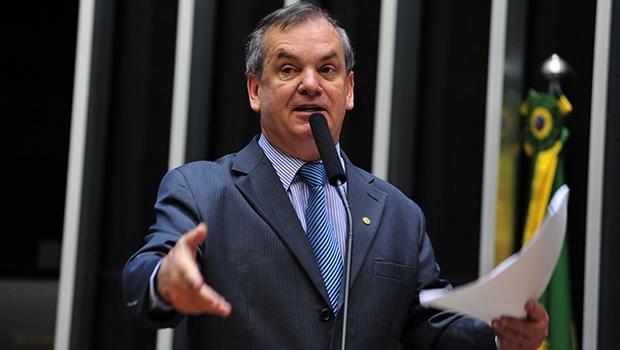 Rogério Peninha, deputado federal: seu projeto, contrário ao desarmamento, está sob ataque cerrado dos marxistas patropis, e com forte apoio de grupos internacionais Foto: Anderson Silveiira/Agência Câmara