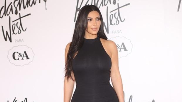 Kim Kardashian durante evento | Reprodução