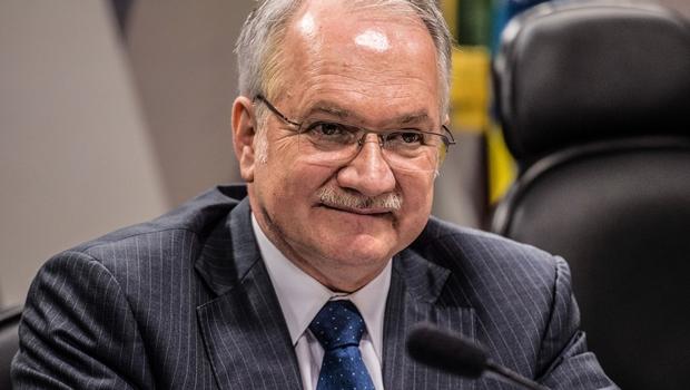 Fachin: processo de impeachment é legal e rito de Cunha legítimo