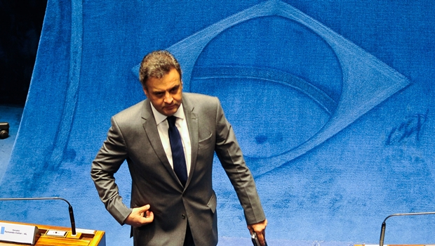 Ministro do STF determina volta de Aécio Neves ao Senado