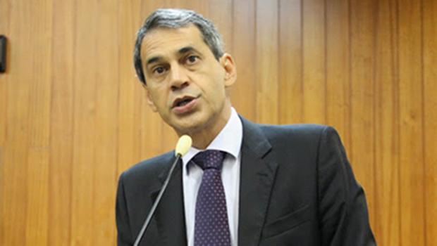 "Carlos Soares derruba veto de Paulo Garcia ""apenas"" com uma frase"