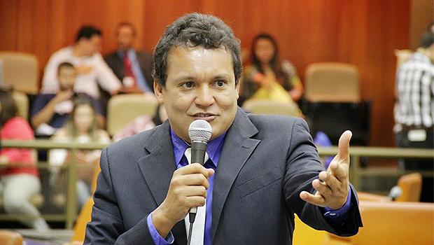 Felisberto Tavares pede licença da Câmara para disputar mandato de deputado