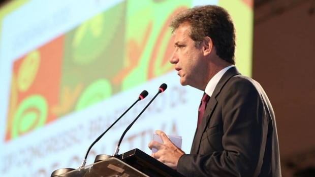 Arthur Chioro, durante discurso na abertura do Abrascão 2015 | Foto: Reprodução/Facebook