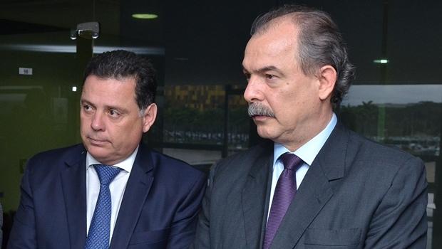 Governador Marconi se reúne com o ministro da Casa Civil Aloizio Mercadante | Foto: Eduardo Ferreira