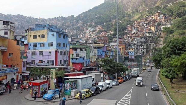 Suspeito de agredir duas crianças é linchado no Rio de Janeiro