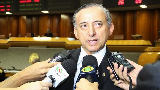 Presidente da Câmara de Goiânia, Anselmo Pereira engrossa a lista de pré-candidatos tucanos à prefeitura | Foto: Eduardo Nogueira/Câmara de Goiânia