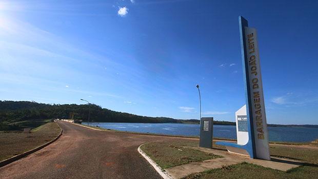 Barragem do sistema João Leite, que deverá ser concluída ainda neste ano, garantirá o abastecimento de água em Goiás pelos próximos 30 anos | Foto: Fernando Leite/Jornal Opção