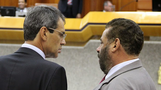 """Paulo Magalhães critica Carlos Soares, """"mas por engano"""""""