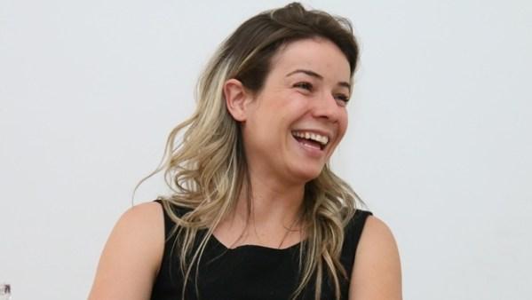 Nayara Barcelos quer conquistar voto por voto   Foto: Fernando Leite / Jornal Opção