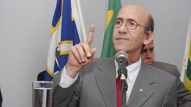 Deputado Rubens Otoni desaparece e preocupa militância do PT