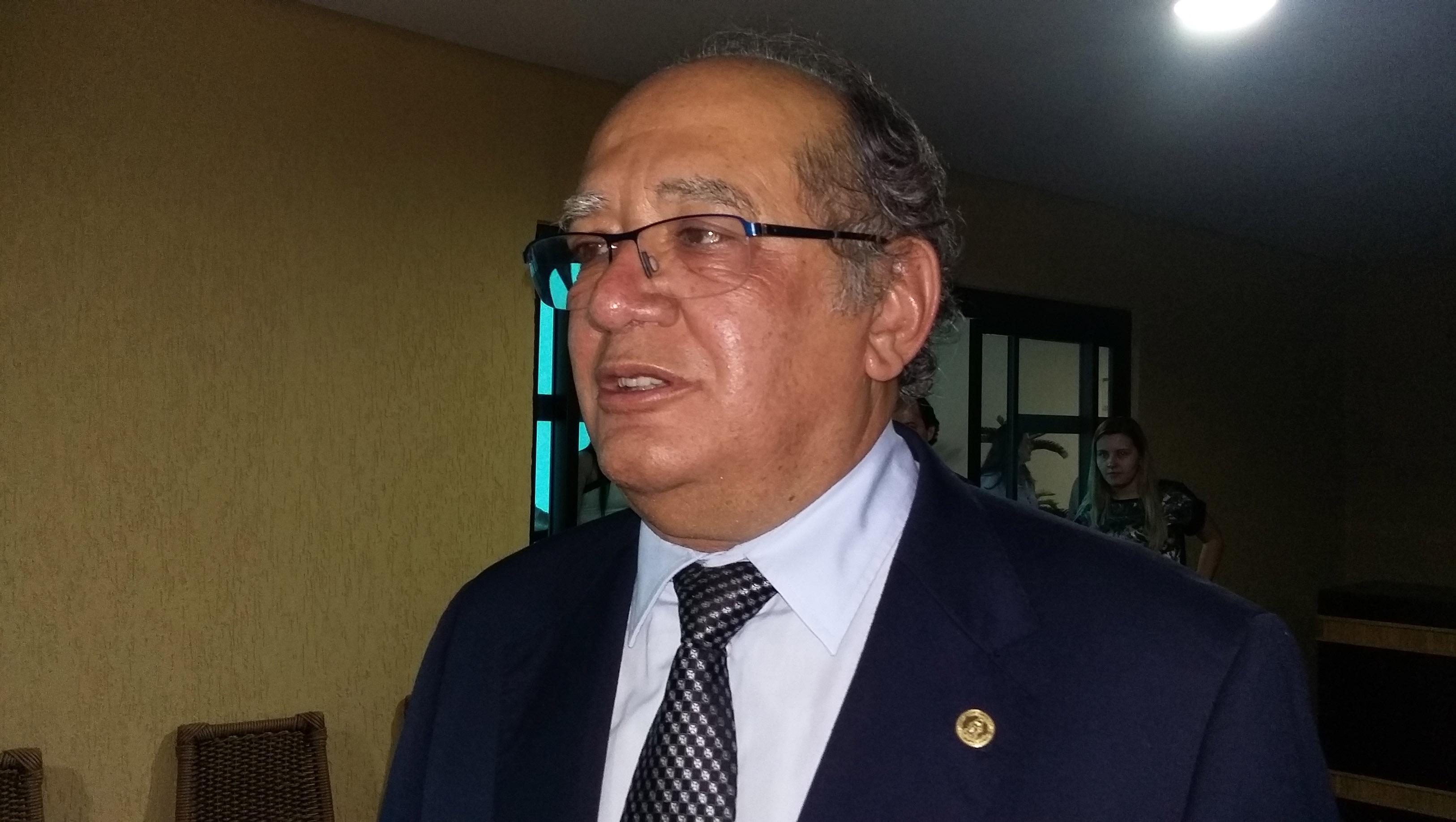 """Gilmar Mendes ironiza gastos de campanha de Dilma: """"Foram R$ 360 mi, o que equivale a um Barusco"""""""