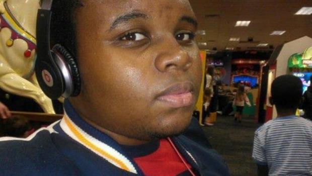 Manifestações marcam um ano da morte de Michael Brown em Ferguson