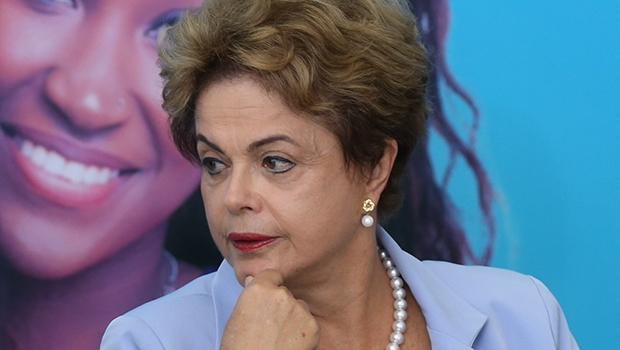 Presidente Dilma Rousseff: é chefe de um governo que falha por não saber fazer políticaInvestimento em Energia Elétrica | aLula Marques/ Agência PT