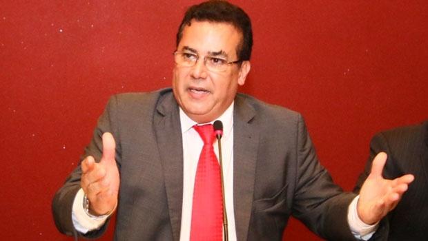 Presidente e candidato à reeleição, Enil Henrique | Foto: Fernando Leite/Jornal Opção