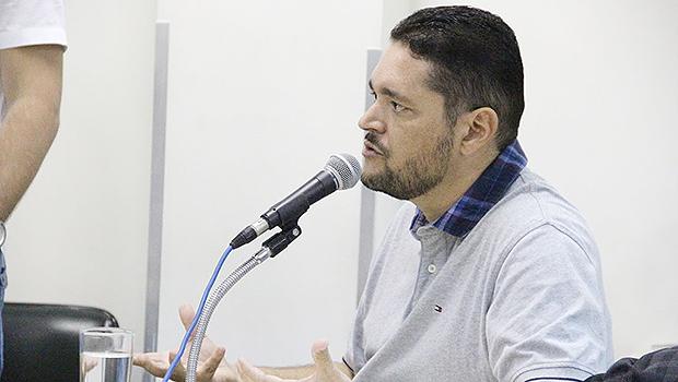Servidor Jonas Guimarães fechou contrato com a Eurogroup   Foto: Alberto Maia/Câmara de Vereadores