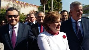 Senadora chegou à Câmara Municipal ao lado do governador do DF, Rodrigo Rollemberg, e do presidente do PSB nacional, Carlos Siqueira | Foto: Sarah Teófilo