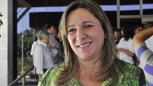Dulce Miranda integra Frente em Defesa da Assistência Social na AL