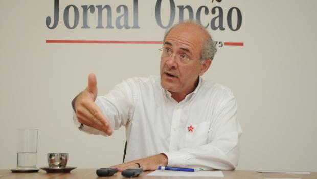 Vereadores querem reunião com prefeito para discutir aquisição e distribuição de vacinas em Goiânia