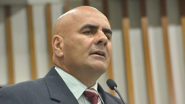 Deputado do PMDB sugere que Paulo Cezar Martins pertence à base do governo de Marconi Perillo