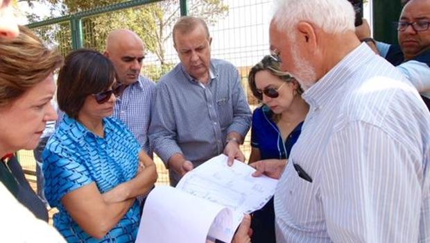 Isaura Lemos (PC do B) participa de visita com deputados e prefeito Paulo Garcia | Foto: reprodução / Twitter